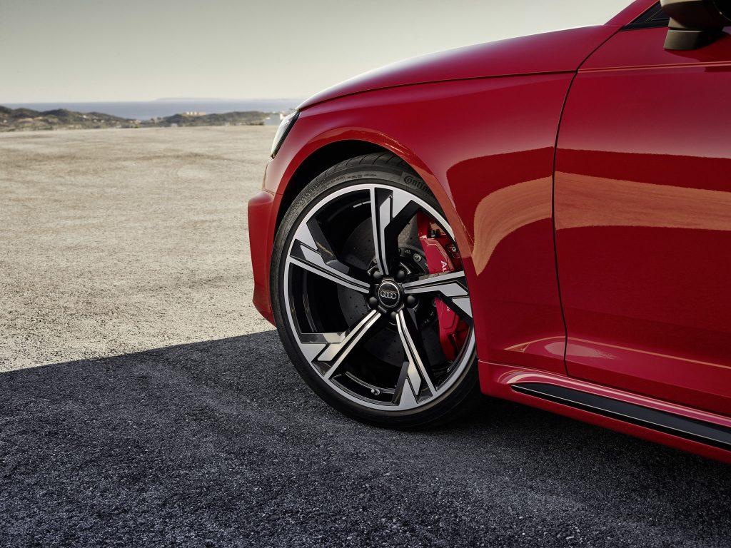 Audi RS 4 Avant Kombi