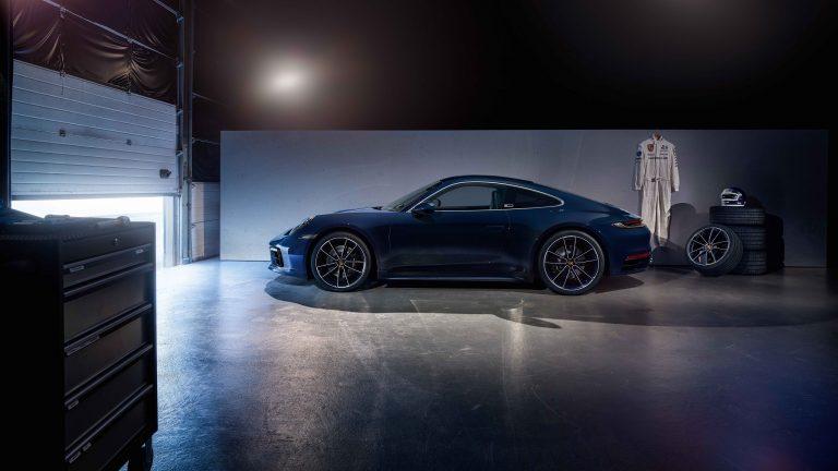 Porsche 911 (992) Belgian Legend Edition