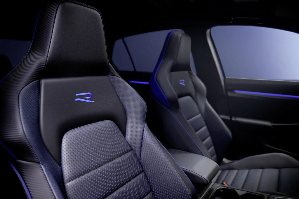 Volkswagen Golf R Sitze