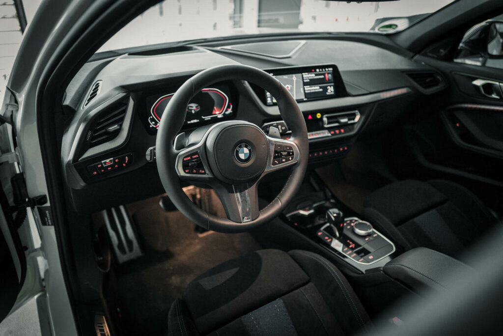 BMW M135i xDrive Innenraum